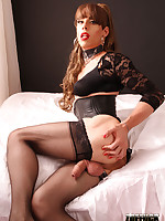 Gorgeous TGirl Zoe looks stunning in this saucy and glamorous shoot.